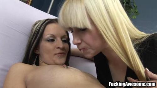 [Spitsters.com / FuckingAwesome.com] Rainie Mae & Skye (Spit / 14-03-2016) [2011, Lesbian / All Girl, Spit, Fetish, 360p, SiteRip]