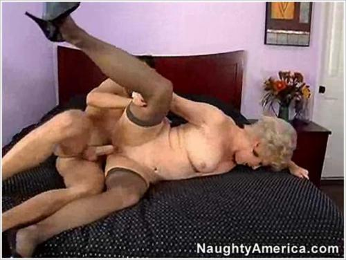 MyFriendsHotMom  - Mrs  Jewell - MFHM September 28 2007 NaughtyAmerica (2007/SD)