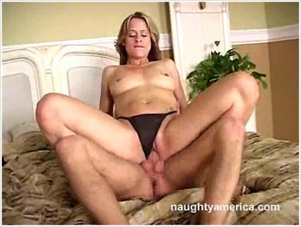 MyFriendsHotMom / NaughtyAmerica - Payton Leigh - MFHM December 29 (2005/SD)