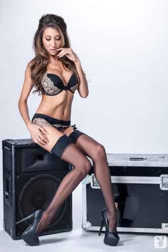 2013-09-22 Krystin Hagen Good Vibrations Nude